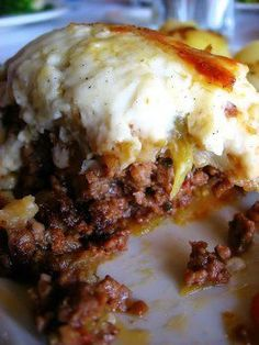 The Best Greek Moussaka Recipe Ever! Greek Lasagna, Mousaka Recipe, Musaka, Greek Cooking, Greek Dishes, Eggplant Recipes, Mediterranean Diet Recipes, International Recipes, Ground Beef