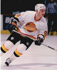 Alexander Mogilny | Vancouver Canucks | NHL | Hockey