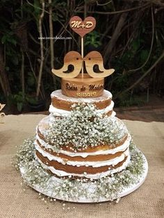 bodas de madeira Aniversary Cakes, Wedding Aniversary, Wedding Bells, Diy Wedding, Wedding Cakes, Dream Wedding, Bridal Shower Decorations, Wedding Decorations, Destination Wedding
