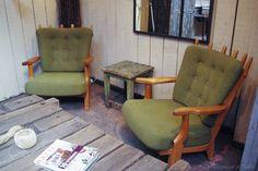 Paire de fauteuils des années 60 par le Marchand d'Oublis