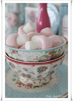 Greengate with candy