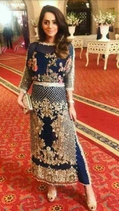 This Royal zardozi worked partywear long navy blue shirt heavily embellished with zari, nagh, pearls and Resham thread. Online Indian and Pakistani bridal wear. Pakistani Fashion Casual, Pakistani Outfits, Indian Fashion, Wedding Dresses For Girls, Party Wear Dresses, Party Dress, Indian Bridal Outfits, Pakistani Wedding Dresses, Indian Attire