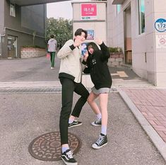 Johnny and y/N (mark took pic) Cute Couple Art, Cute Couple Pictures, Best Friend Pictures, Best Couple, Couple Photos, Cute Couples Goals, Couples In Love, Couple Goals, Ulzzang Couple