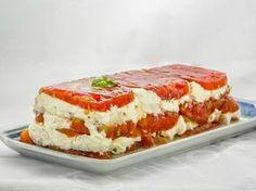 Clin d'oeil à l'été finissant : terrine de tomates cœur de bœuf au chèvre frais