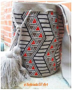 Tapestry Bag, Tapestry Crochet, Tribal Patterns, Bead Jewellery, Crochet Purses, Textiles, Purses And Bags, Diy And Crafts, Pouch