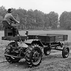 CLAAS HUCKEPACK as attachment carrier -