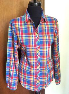 Plaid Women's Shirt Blouse Long Sleeves Koret City Blues | Etsy 2000s Fashion, London Fashion, Fashion Tips, Plaid Fashion, Long Blouse, Plaid Dress, Vintage Shirts, Jeans Style, Shirt Blouses