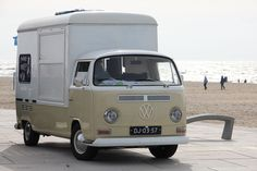   DJ-03-57 Volkswagen Transporter T2A Kemperink   This is close to the one in my actual dream, except it was a kombi. We sold brisket nachos with queso blanco and hatch chiles, and that's all. And my mom was the driver!