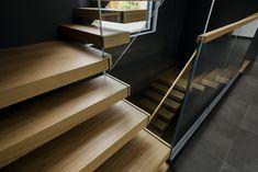 Консольная лестница со стеклянным ограждением Stairs, Home Decor, Stair Treads, Hand Railing, Stairway, Decoration Home, Room Decor, Staircases, Home Interior Design