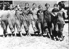 Oregon Women's History Project: list of historic buildings and sites associated with women!