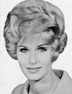 Modern Beauty Shop - Dec 1966 - 150 | by washsetstyle