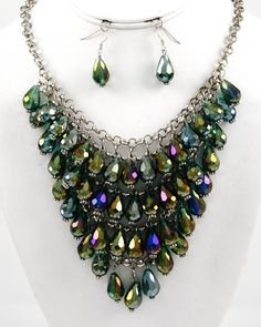 """Rhodiumized Green Ab Glass Crystal Cluster Necklace & Fish Hook Handmade Earring Set     Price: $32.00       •   Length : 17"""" + EXT  •   Earring : 1 3/8"""" L  •   Drop : 3 5/8"""" L"""