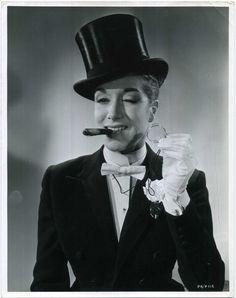 AFTER THE BALL 1957 Pat Kirkwood VESTA TILLEY Top Hat Monocle Cigar