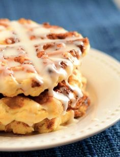 Let's not beat around the brunch: Waffles are God's gift to carb lovers everywhere. But did you know there are actually plenty of other foods you can make with your prized waffle iron? Here, 22 fresh ways to use what your aunt Patricia gave ya. (It was on your registry, after all.)
