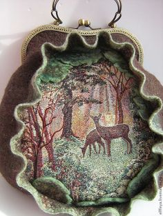 Felted Bag Forest by Elffeya Tatiana Amirhanova Smukke filtede rådyr Types Of Handbags, Knitting For Kids, Felt Art, Fabric Art, Wearable Art, Crochet, Fiber Art, Wool Felt, Purses And Bags