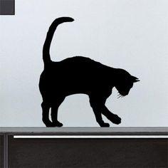 Adoptez ce chat solitaire pour apporter de la vie à votre décoration d'intérieur. Ce sticker créera un trompe-l'oeil original.