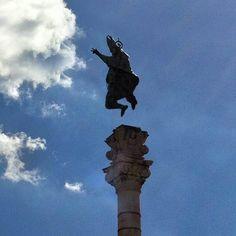 """È tempo di saltare! Giovedì 19 settembre """"Jump for Change"""" per #Lecce2019. Appuntamento giovedì 19 settembre, alle 21.30, in piazza S. Oronzo per """"Jump for Change"""" la festa-concerto per la consegna del progetto di candidatura per Lecce Capitale Europea della Cultura.  Info: http://www.salento.com/eventi/altro/e-tempo-di-saltare-giovedi-19-settembre-jump-for-change-per-lecce2019"""