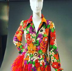 Préparatifs pour l ouverture du Musée Yves Saint Laurent / Octobre 2017. Robe de la collection Haute couture été 1972. Photographie de Christophe Martin.