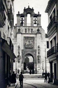 ¿Sabíais que la Puerta del Perdón de la Catedral de Sevilla es originariamente árabe? (1933)