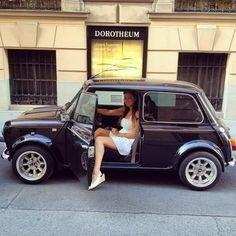 Beauty come in small package Mini Cooper S, Mini Cooper Classic, Classic Mini, Fiat 500, Mini Crossover, Mini Morris, Classic Cars British, Mini Clubman, Classy Cars