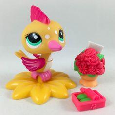 Littlest Pet Shop RARE Yellow & Pink Woodpecker #2088 w/Perch & Accessories #Hasbro