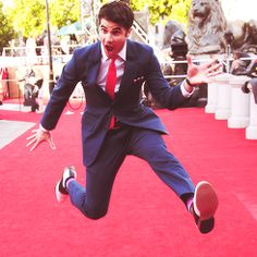 """Had they got a different camera angle, they would have caught Joe Walker doing the same thing. Darren brought Joe with him to London for the HP 7: pt1 premiere because Joe was """"down in the dumps"""" and Darren wanted to cheer him up. what a GREAT friend!!!"""