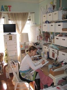 Kelly Rae Roberts at her home studio