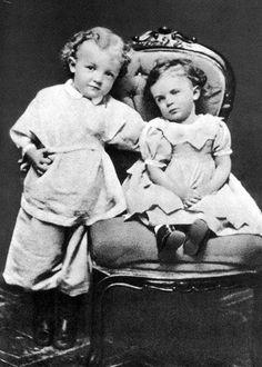 A 4-year-old Lenin and his sister, Olga (1874).