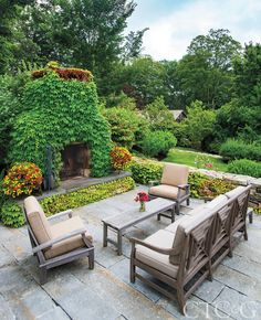 A Family's New Garden on Lake Waramaug Feels Timeless - Connecticut Cottages & Gardens - May 2019 - Connecticut