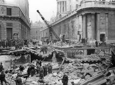 Bomb Damage at the Bank underground station: 1941 by Arthur Cross. Museum of London Old London, Blitz London, Then And Now Photos, Green Facade, The Blitz, Famous Buildings, London Underground, Wonderful Images, Black And White Photography