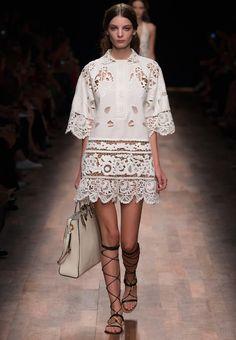 Valentino Women Pret a Porter Spring Collection.