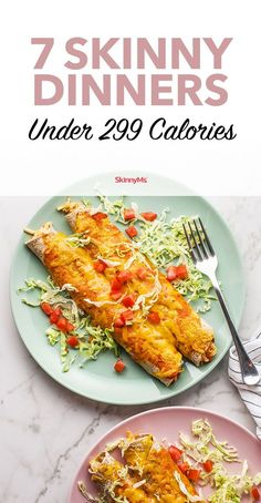 These low-calorie dinners may offer fewer than 300 calories per serving, but don't let the low calorie count fool you into thinking these meals taste like cardboard. calorie meals 7 Skinny Dinners Under 299 Calories Filling Low Calorie Meals, Low Calorie Meal Plans, Healthy Low Calorie Meals, No Calorie Foods, Healthy Drinks, Healthy Dinner Recipes, Diet Recipes, 300 Calorie Dinner, Low Calorie Chicken Meals