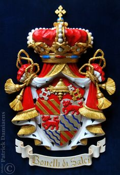 Family coat of arms carved in wood | Bonelli di Salci  | Family crest carved in wood |