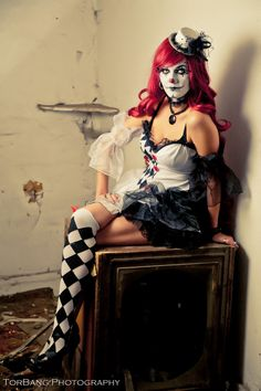Jen the scary clown by Torsten Bangerter, via 500px