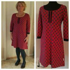 2016 oktober. Jersey kjole med hjerter foran. Titte kant i halsen foran.