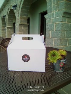 """Good Morning! """"RODOVOLI BREAKFAST BOX"""" Take our hospitality with you..."""