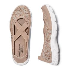 Memory Foam Stretch Woven All-Day Shoe   Avon Stretch woven upper for breathable comfort. Plush Memory Foam insole. Half sizes, order one size up.