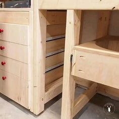 Wood Shop Projects, Woodworking Projects Diy, Woodworking Shop, Woodworking Plans, Workbench Plans Diy, Woodworking Furniture, Diy Projects, Diy Garage Storage, Diy Storage Shelves