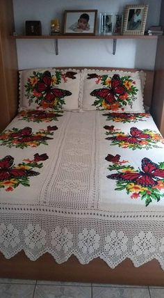 Flower cross stitch s pattern crossstitch puntodecruz flosstube embroidery needlepoint цветочный уз Crochet Bedspread, Crochet Quilt, Afghan Crochet Patterns, Filet Crochet, Crochet Doilies, Crochet Flowers, Crochet Fabric, Diy Crafts Crochet, Crochet Home