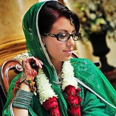 2fc895db309 8 Incredible Makeup Tips For Indian Brides With Glasses