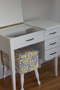 SIMPLE REDESIGN- old sewing machine cabinets into desks