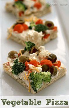Vegetable Pizza ~ http://www.julieseatsandtreats.com