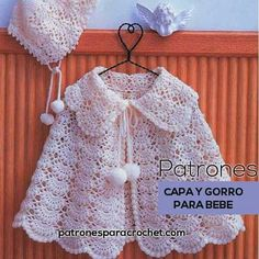 Discover thousands of images about patrones crochet de capa y gorro para bebe en punto abanico puff Crochet Baby Poncho, Crochet Mittens, Crochet Baby Clothes, Knit Crochet, Crochet Hats, Crochet Style, Baby Knitting Patterns, Hat Patterns, Crochet Fashion