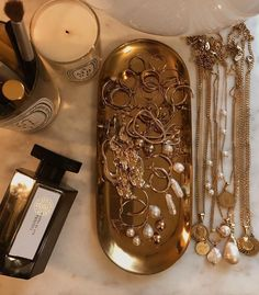 The most wonderful moisturizing face cream especially for winter and dry . - Jewelry Ideas - The most wonderful moisturizing face cream especially for winter and dry skin … - Jewelry Tray, Dainty Jewelry, Gold Jewelry, Jewelry Rings, Jewelry Accessories, Beaded Jewelry, Simple Jewelry, Vintage Accessories, Diamond Jewelry