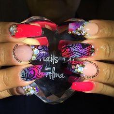 #nailart #nails #notpolish #notgel #nailsbyalma #acrylic #acrylicnails #almasculpturednails #nailaddict #hotnails #prettynails #neonnails #summernails #inm #inmnails @inmnails