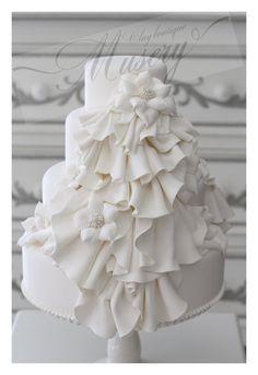 Weddingクレイケーキ の画像 クレイケーキSHOP〜Clay boutique Musery(クレイブティック ミューズリー)阪急百貨店うめだ本店ブライダルサロンにて販売(常設)