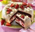 Torta Holandesa da Isamara Amâncio, faz muito sucesso para você que quer fazer nos potinhos e vender por quilo. Experimente e agrade seus familiares, amigos