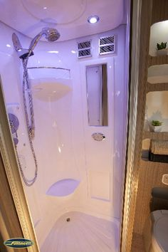 Attractive Small RV Bathroom & Toilet Remodel Ideas - Page 61 of 80 Bus Motorhome, Motorhome Interior, Popup Camper, Truck Camper, Caravan Shop, Gypsy Caravan, Build A Camper Van, Camper Bathroom, Small Rv