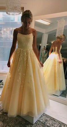 Daffodil V-Neck A-Line Tulle Long Prom Dresses With Appliques - Ballkleid/Abikleid - Pretty Prom Dresses, Unique Prom Dresses, Hoco Dresses, Tulle Prom Dress, Event Dresses, Ball Dresses, Beautiful Dresses, Yellow Prom Dresses, Dress Lace