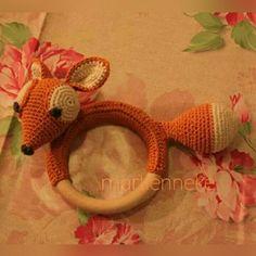 Foxy rattle :) De vos komt uit 'gehaakte wilde dieren ' van Vanessa Mooncie.